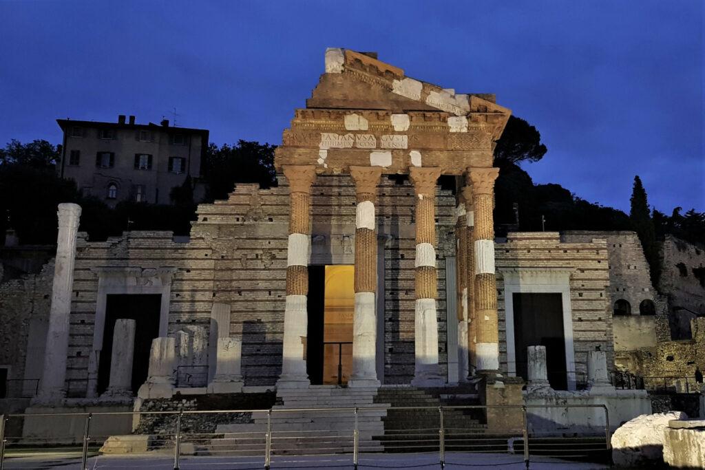 Illuminazione serale sul Tempio Capitolino