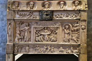 fronte lipsanoteca museo santa giulia brescia bidibrescia Visita online - Sepolcro d'avorio