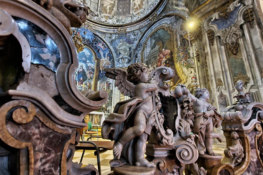 Balaustra della cappella dell'Immacolata nella chiesa di San Francesco a Brescia