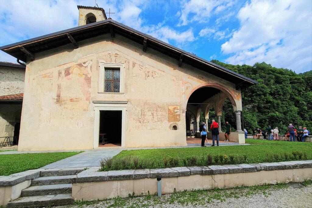Facciata della chiesa di San Filastrio a Tavernole in Valtrompia