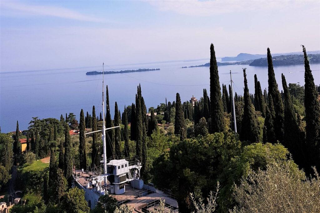La Nave Puglia nel parco del Vittoriale a Gardone Riviera